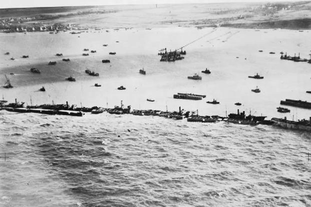 dday-mulberry-harbours-900